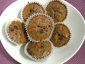 BANANA TRIPLE BERRY ALMOND CHOCOLATE CHIP CUPCAKES