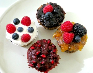 BANANA TRIPLE BERRY ALMOND CHOCOLATE CHIP CUPCAKES WITH TOPPINGS